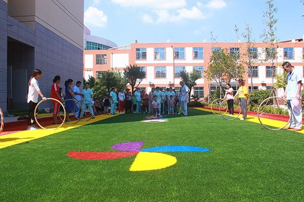 师生浓情,感念师恩—天使学校接受康复救助学生举行教师节感恩教育主题活动